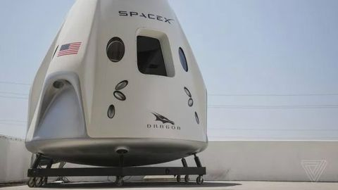 当我们回归地摊经济时SpaceX已经把触角伸向太空