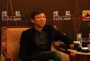 张朝阳英雄迟暮:搜狐坠落,市值不及腾讯零头,被王兴调侃