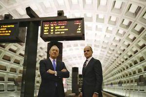 美国第七大公司安然崩盘:其破产影响和911不相上下