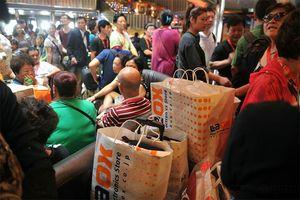 """中国消费的""""速度与激情"""""""