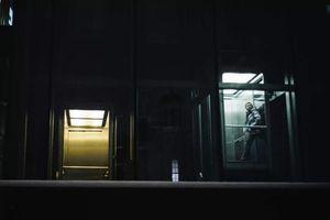 爬楼逃避与老板同乘电梯:你为什么害怕与老板独处?