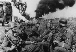 """1944年的那个平安夜,让""""爱""""替代战争!"""