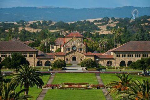 """斯坦福大学""""2025计划""""试图颠覆全球高等教育?"""